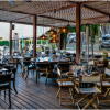 BUBBLY & BIVALVES: Lique Miami Debuts New Weekday Waterfront Happy Hour