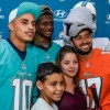 Miami Dolphins Continue Longstanding Tradition by Impacting More Than 10,000 People and Partner with Hyundai To Distribute Thanksgiving Meals