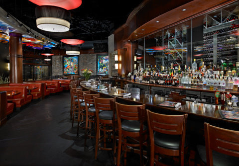 City cellar wine bar grill helps combat hunger with taste of the nfl premier guide miami - City cellar wine bar grill ...
