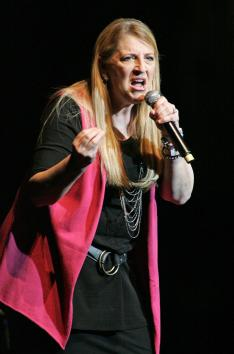 Lisa-Lampanelli-in-Miami-Beach