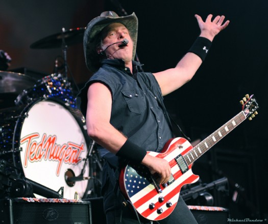 Ted-Nugent-525x440