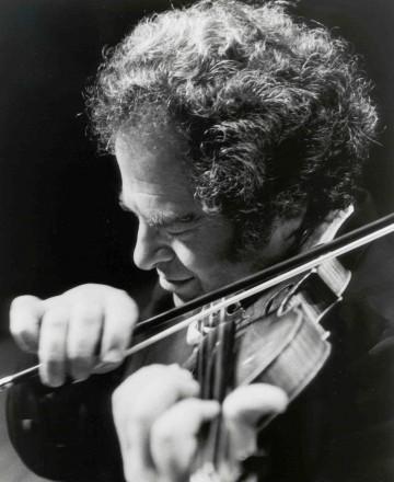 Itzhak Perlman - Photo Credit - Akira Kinoshita