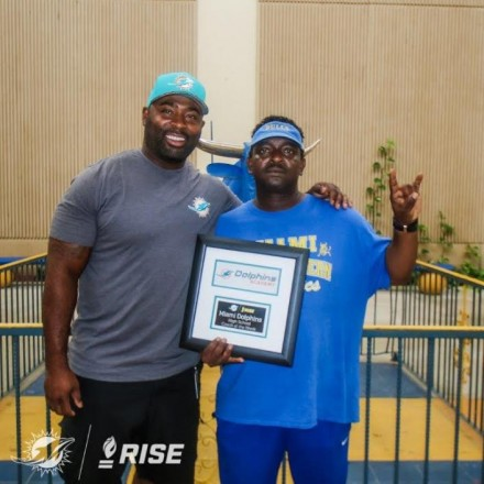 Miami Dolphins Announce Week Six Youth Programs Awards With Partner Ross Initiative in Sports for Equality (RISE)