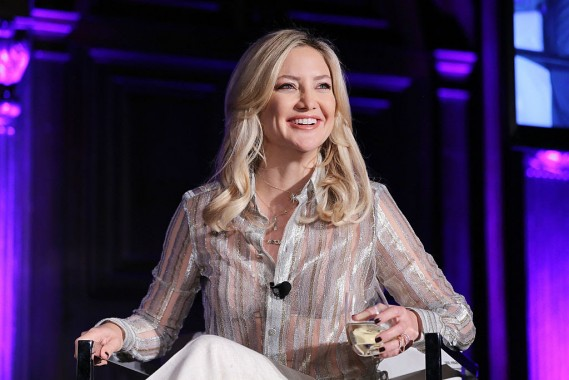 NEW YORK, NY - SEPTEMBER 28:  Actress Kate Hudson speaks during a talk at the 2016 Advertising Week New York Yahoo Dinner at the Highline Hotel on September 28, 2016 in New York City.  (Photo by J. Countess/Getty Images for Advertising Week New York)