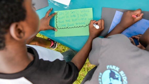 Miami Dolphins in the Community: Dolphins Blitz at Park Ridge Elementary
