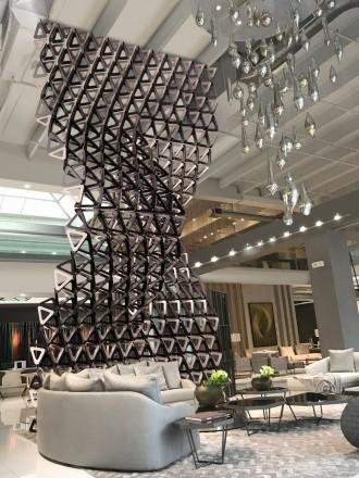 Triangles sculpture by Pietro Estrada