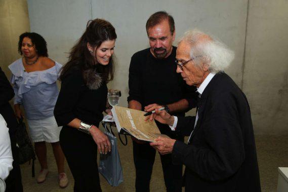 Darlene & Jorge Pérez, & Christo