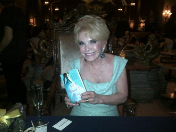 Sherrill-Bodine-book-signing-at-The-Drake-Hotel-Chicago-569x426