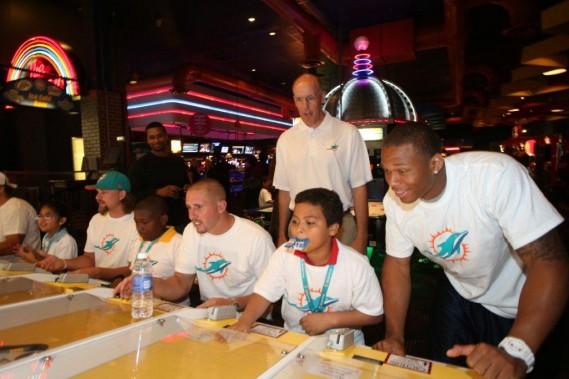 Head Coach Joe Philbin and Miami Dolphins players