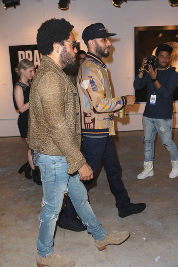 MIAMI, FL - DECEMBER 02: (L-R) Lenny Kravitz and Swizz Beatz attend No Commission Art Fair & Untameable House Party Concert Series Presented By BACARDI X The Dean Collection - VIP Press Preview on December 2, 2015 in Miami, Florida. (Photo by John Parra/Getty Images for Bacardi)