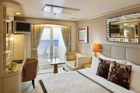 Crystal_Symphony_-_Deluxe_Stateroom_with_Verandah-300_dpi_emailable