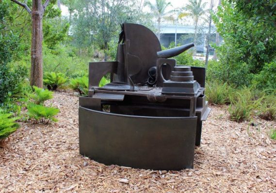 Anthony Caro, Land of Milk and Honey, 2006 Bronze Collection Pérez Art Museum Miami, gift of Jorge M. Pérez.